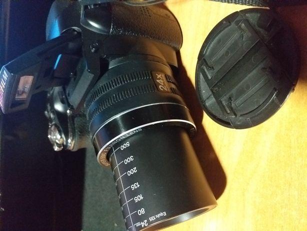 Aparat foto Fujifilm + telefon