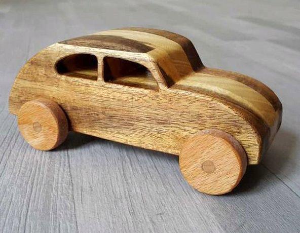 masinuta din lemn