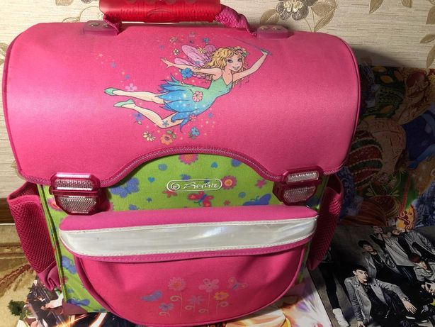 Школьный рюкзак для девочек + комплектация