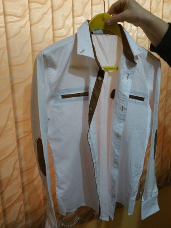 Риза,бяла с дълъг ръкав