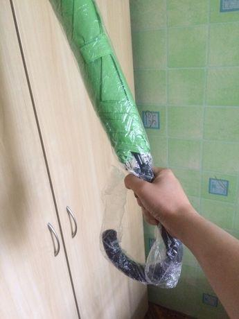 Зонт зеленый большой