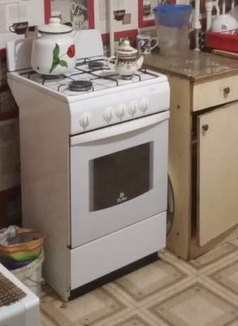 Продам газовую плиту, 4х конфорную, 50см, духовка в рабочем состоянии