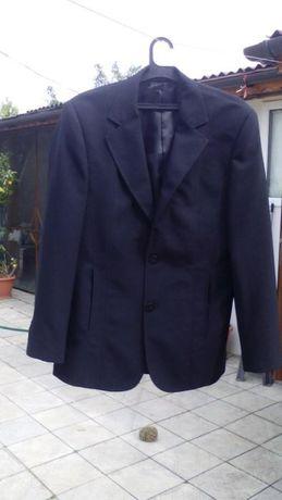 Черен костюм за абитуриент