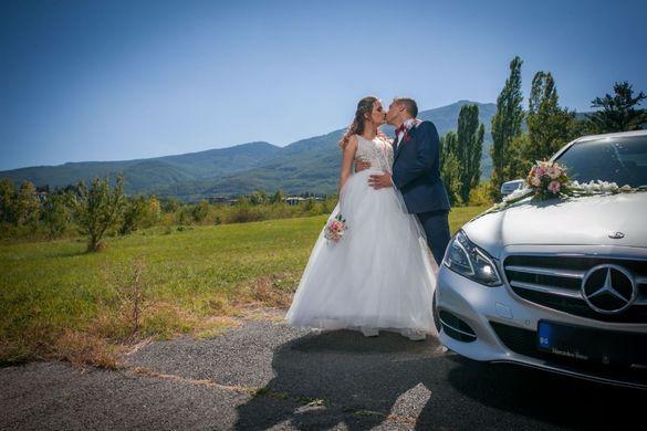 Кола под наем за Сватби, Абитуриентски балове и други мероприятия
