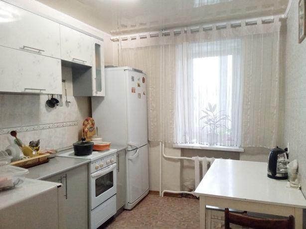 3х-комнатная квартира, Бажова 333/5, 1983 г.п., 2/5 этаж, 63 кв м.