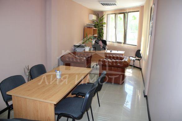 Офис в нова сграда, на метри от МОЛ Варна