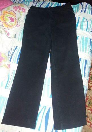 Продам джинсы 48 размер.