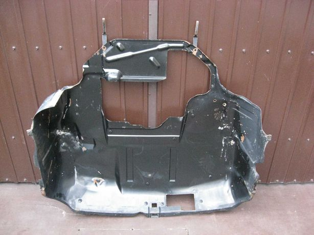 Scut motor metal tabla VW T4 Caravelle Transporter Doka fara rugina