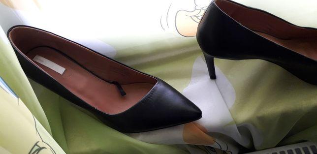 Pantofi h&m piele,sunt noi nr 41