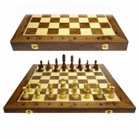 Шах и табла комплект в дървена кутия