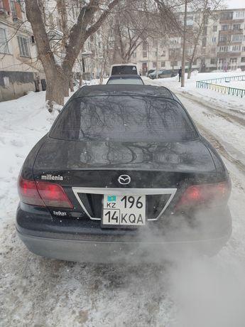 Mazda Millenia 2001