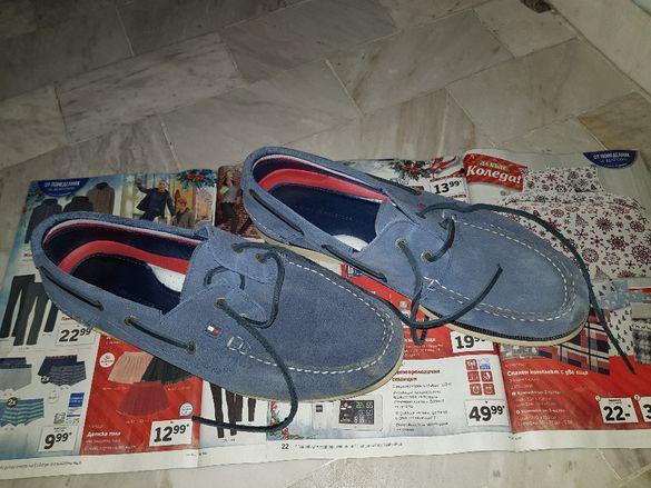 Продавам мъжки обувки Tommy Hilfiger