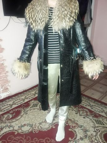 Продам куртки и дубленку