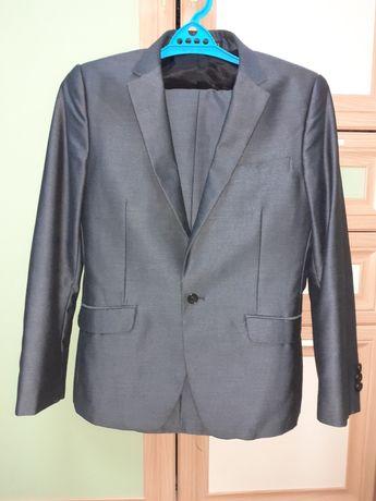 Школьный костюм для 4-5 класса