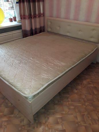 Продам двух спальный кровать
