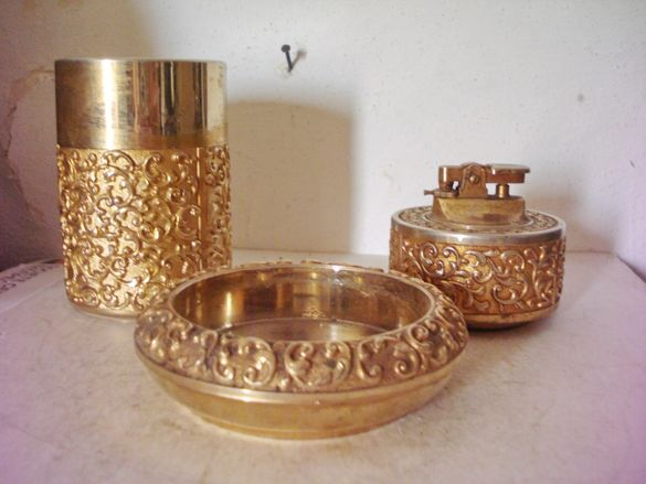 Стар месингов комплект от 3 части - табакера, запалка и пепелник