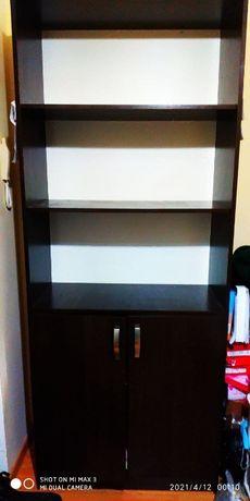 Продам 2 шкафа офисных