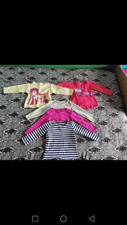 Продавам детски блузи 8бр.и 1клин