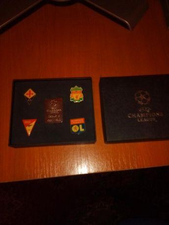 Insigne la cutie Champions League