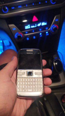 Nokia E72 Продам срочно есть торг