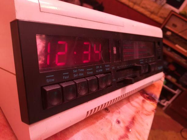 Radio vechi cu ceas Savage