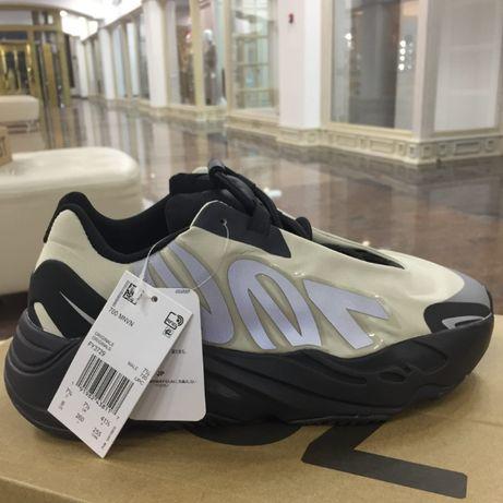 обувь/кроссовки adidas yeezy 700 mnvn