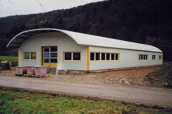 vand hale metalica 8/25m ideala pentru depozitare si mici ateliere