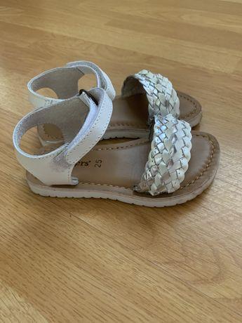 Детски сандали 25 номер