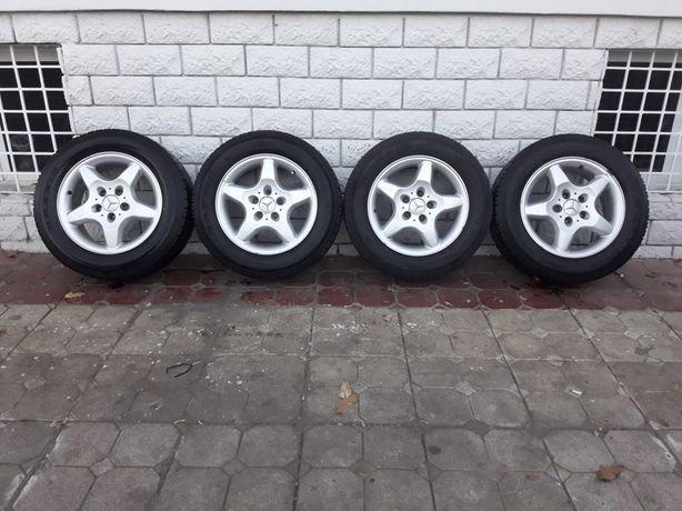 Jante Mercedes Viano 6.5x16 et 47 5x112 Originale