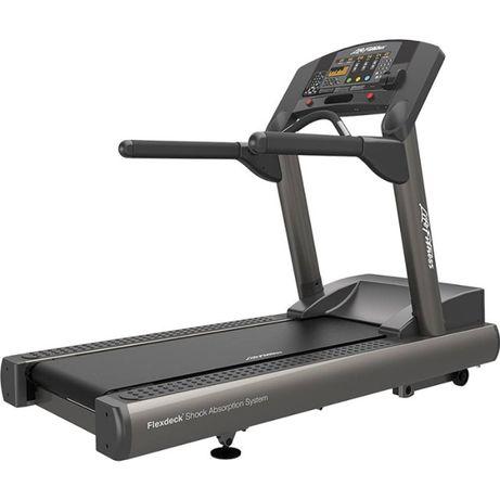 Сервизирана Бягаща пътека Life Fitness Integrity Series CLST Treadmill