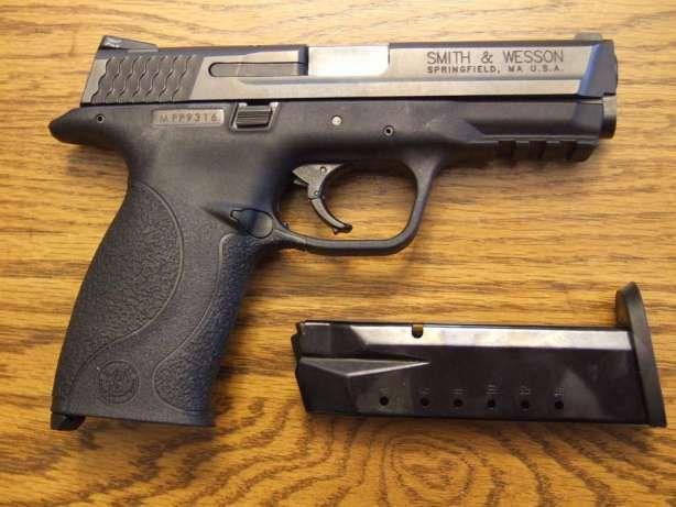 Pistol Semi-Full-Metal FOARTE PUTERNIC Co2 Airsoft Cu Aer Comprimatgaz