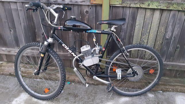 Bicicleta cu motor 2Timpi pe benzină !