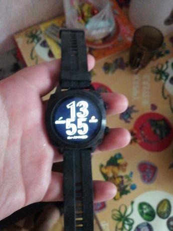 Продам смарт часы Cubot C3