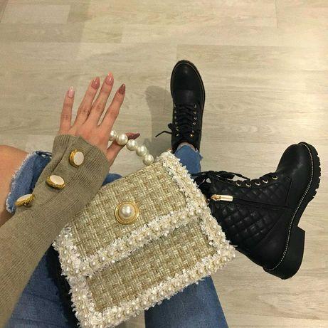 Бутикова Чанта От Букле С Перли
