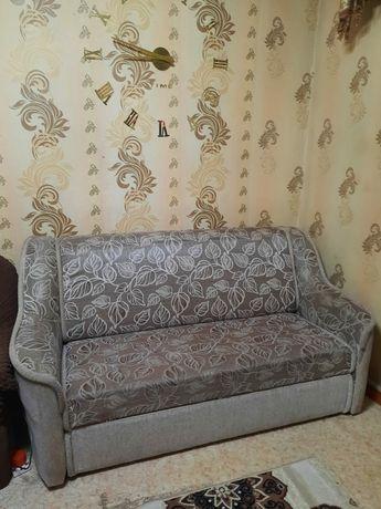 Диван и кресло продам