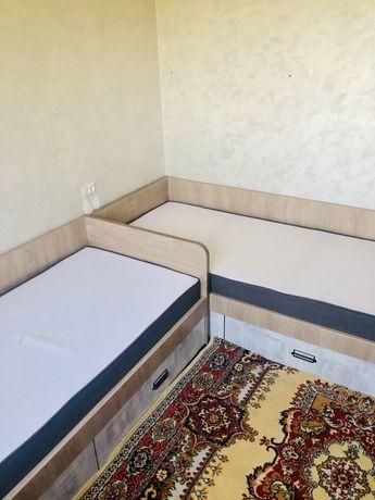 Кровати односпальные 90 на 205