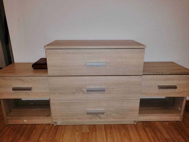 Vand comoda cu trei sertare + doua noptiere, achizitionate de la Jysk
