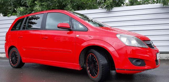 Opel Zafira B an 2008