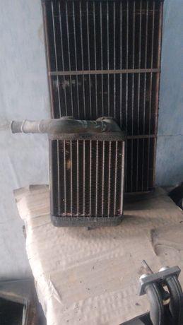 Продам радиатор печки задний Mitsubishi Pajero