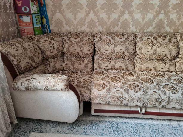 Продаём диван-кресло.
