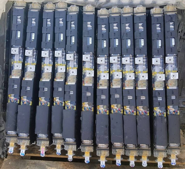 Baterie Li-Ion TESLA 2019 2.8Kw/h 24V 110Ah. Photovotaice 450€ Pitesti - imagine 1