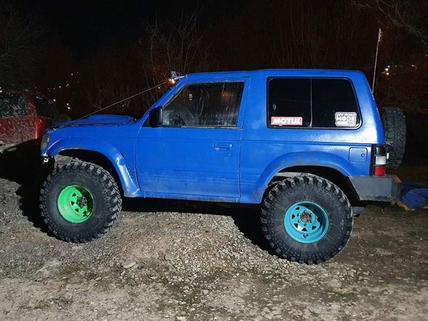 Jante si anvelope offroad maxxis cst 35x12.5x15 Toyota/Pajero /Patrol