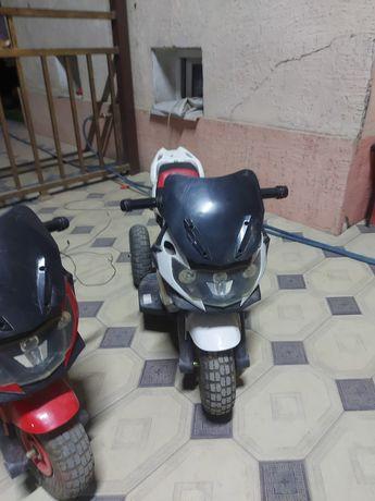 Продам 2 мотоцикла срочно работает электро машинка