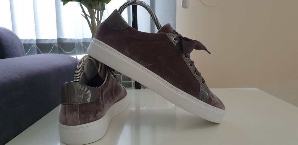 Escada Sport Sneakers Womens Size 39/25.5см НОВО! ОРИГИНАЛ! Дамски