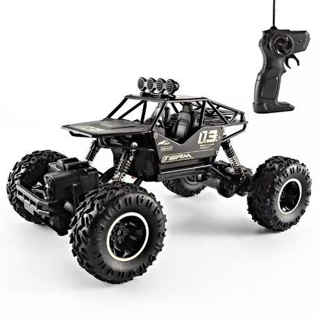 Машинка на пульте радиоуправления машинки Rock Crawler 4WD 1:16