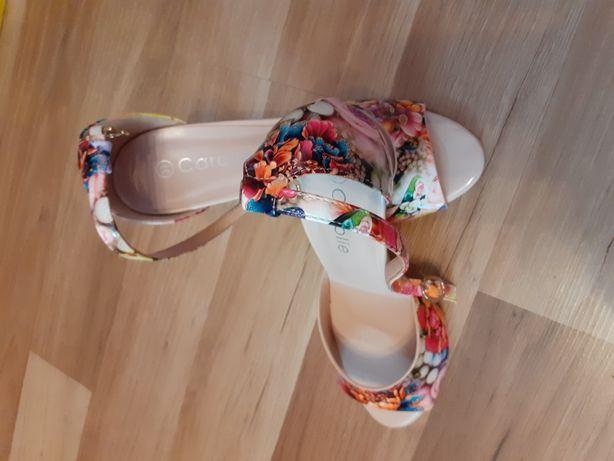 Sandale Damă!