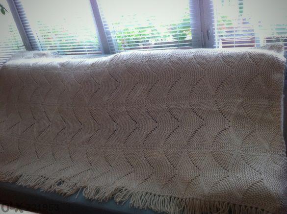 Плетена вълнена покривка за спалня в комплект с 2 възглавници