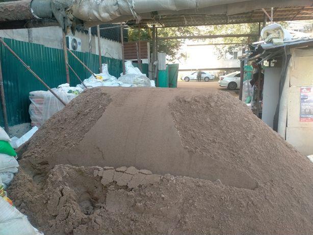 отсев 130. песок мытый и бархан и 130. щебень 200. глина 150. керамзит