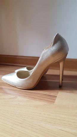 Pantofi stiletto 36 bej sidef auriu