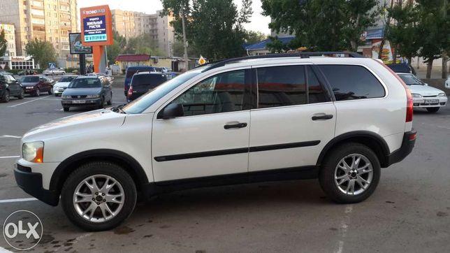 Продам автомобиль Volvo XC90 обменяю авто на квартиру в Уральске.